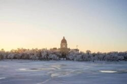 10 Romantic Getaways to Celebrate Valentines Day in Saskatchewan