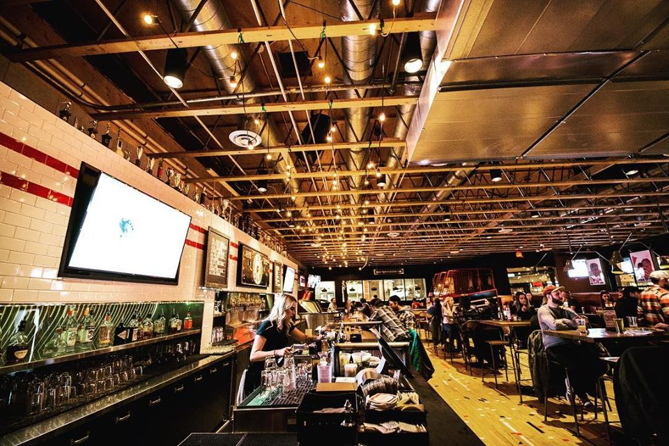 25 Places to Watch Sports in Calgary