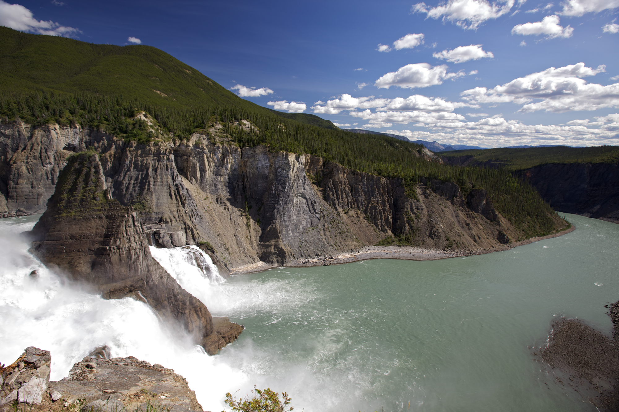 15 of the Best Places to Visit in the Northwest Territories