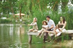14 Fishing Spots In Toronto/GTA To Go For Fishing With Kids