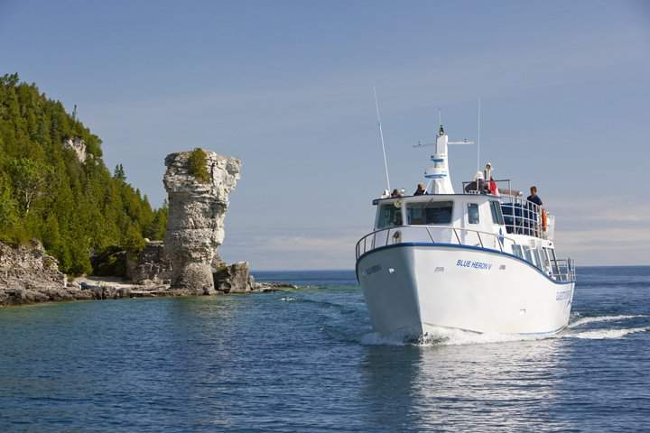 Boat Tours and Cruises in Ontario